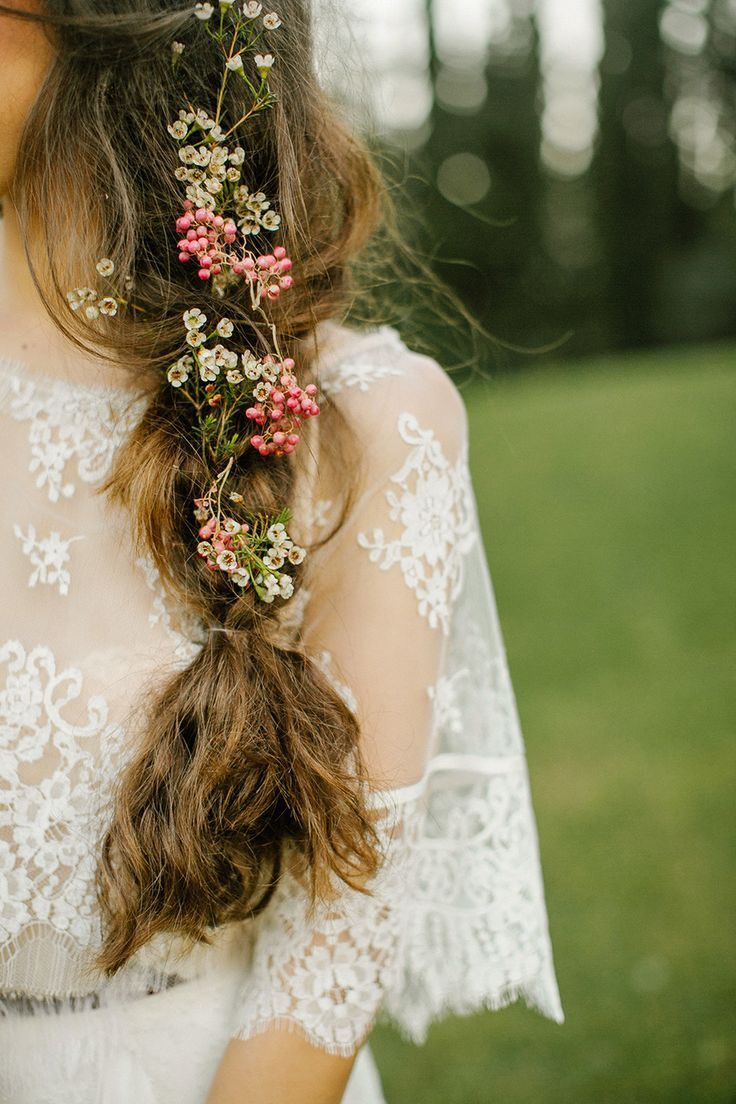 d9e9edabb076d8823904a70ea922e86d--bohemian-wedding-hair-the-bohemian
