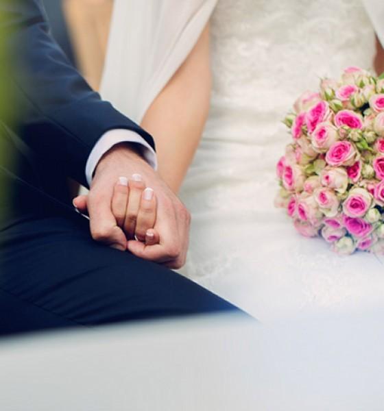La boda de Clara en El Campillo
